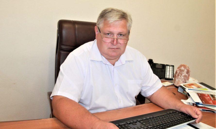 Ректор оренбургского медвуза не боится прийти на избирательный участок