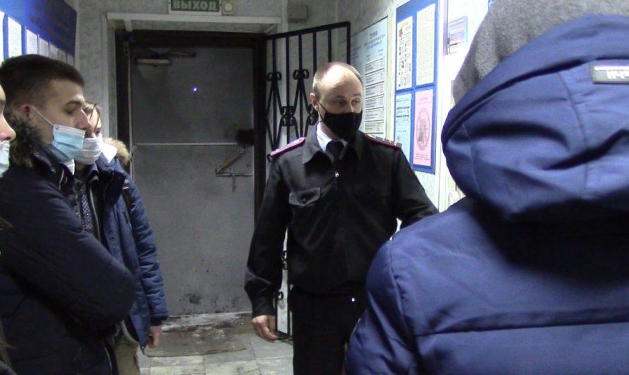Первомайские полицейские в рамках акции «Студенческий десант» провели день открытых дверей для студентов Ташлинского политехнического техникума