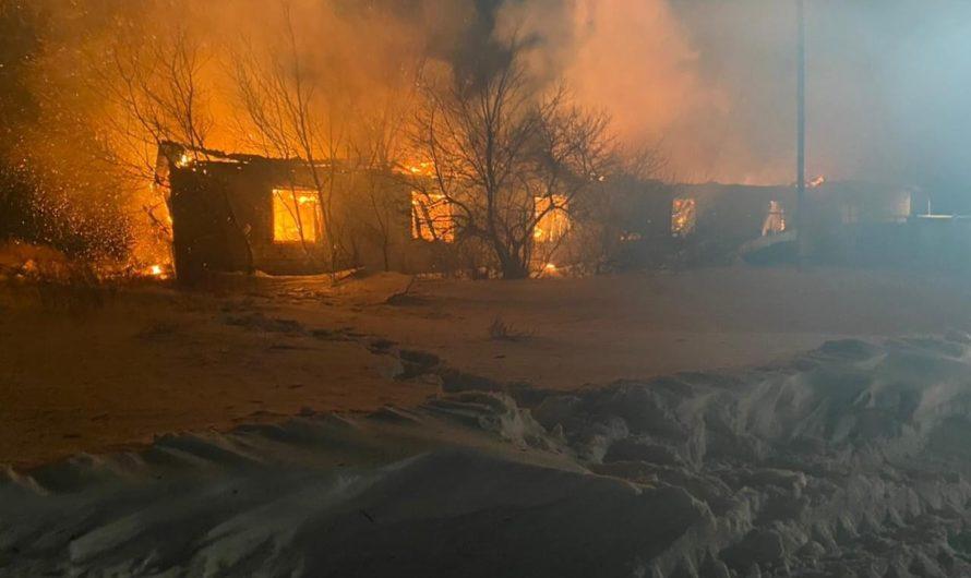 В Шапошниково при пожаре погиб человек
