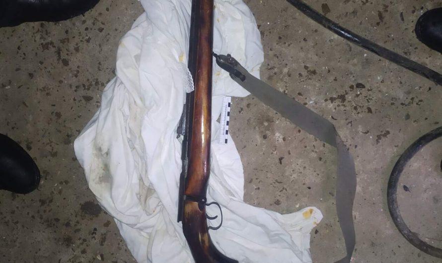 В Первомайском районе сотрудники полиции изъяли незаконно хранившуюся винтовку