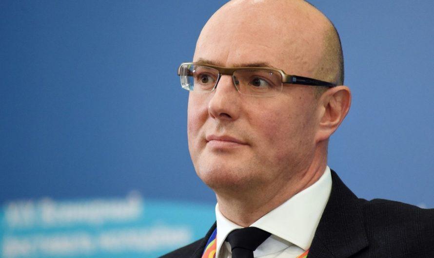 Оренбуржцы смогут оформлять электронные паспорта с середины 2023 года