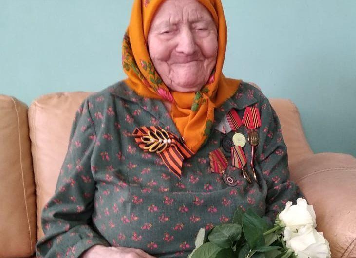 Уроженка посёлка Назаровка Марфа Попова 12 июля принимала поздравления со своим сотым днём рождения