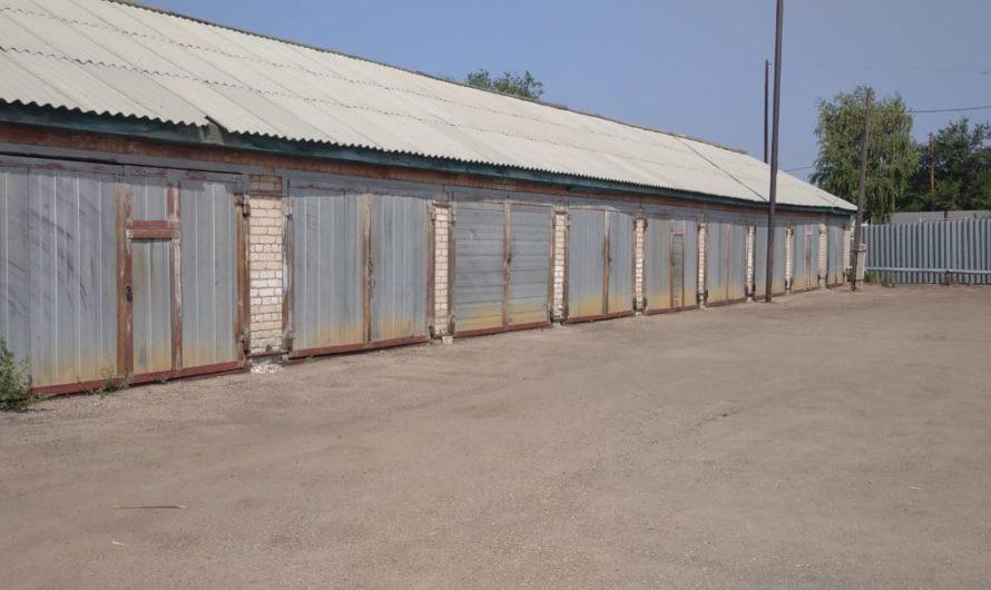 Сдаются гаражи; гостиничные услуги
